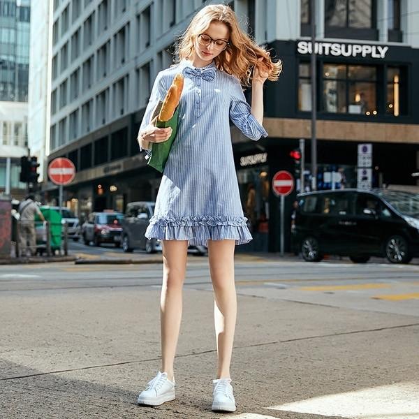 a6ac81e558f4 κομψό ριγέ φόρεμα γυναικών - Badu.gr Ο κόσμος στα χέρια σου