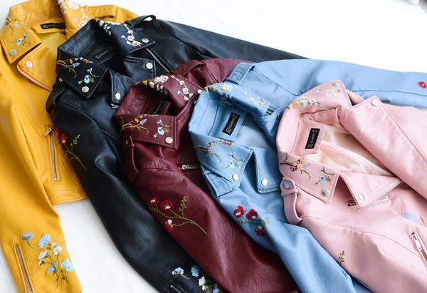 76d676504fc2 Γυναικείο δερμάτινο μπουφάν σε πολλά χρώματα με floral κεντήματα - Badu.gr  Ο κόσμος στα χέρια σου