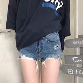 Стилни дамски дънкови къси панталони за пролетта и лятото