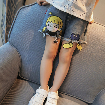 Много красиви момичешки къси дънкови панталони с уникална бродерия