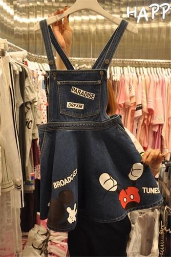 Страхотна дамска рокля с апликации на Мики Маус