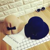 Спретната дамска вълнена шапка в 2 цвята