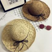 Сламена лятна дамска шапка