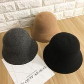 Семпла дамска шапка британски стил сгъваема за есента и зимата