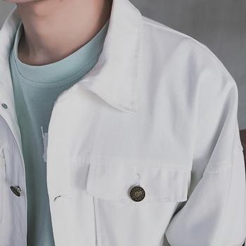Κομψό  ανδρικό μπουφάν από denim