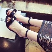 Страхотни вечерни дамски обувки с много красива перла и висок 6см ток