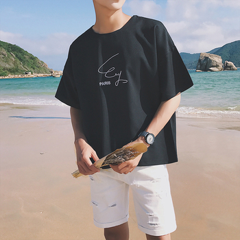 Широк модел семпла мъжка тениска