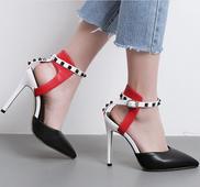 Стилни дамски обувки на висок ток, заострени в жълт и черен цвят
