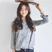Стилна дамска риза, подходяща за ежедневието в сив цвят