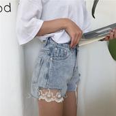 Сладки и модерни дамски къси панталони с висока талия и дантелена декорация