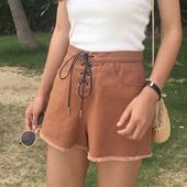 Стилни дамски къси панталони с висока талия и връзки в кафяв и черен цвят