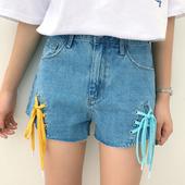 Модерни дамски къси панталони с висока талия и цветни връзки