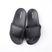 Мъжки гумени чехли с лепенки в черен цвят