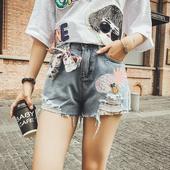 Модерни дънкови къси панталони с бродерия и висока талия