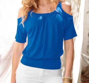 Елегантна изчистена дамска блуза с къс ръкав и голи рамене