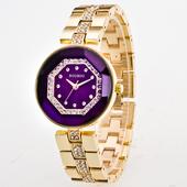 Уникален и много красив дамски часовник с лъскави камъчета по верижката - 5 модела