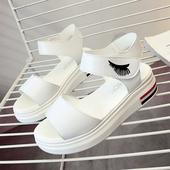 Ежедневни дамски сандали в черен и бял цвят от кожа с лепенки