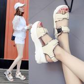 Удобни спортни сандали с лепенки в бял, черен и кремав цвят