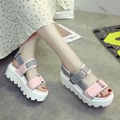 Удобни дамски сандали с лепенки в два цвята