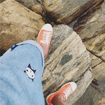 Мъжки къси дънкови панталони в свободен стил, в син цвят