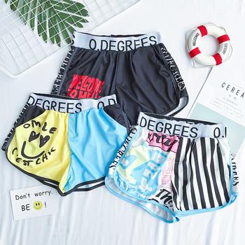 Спортни дамски шорти с ластик и цветни
