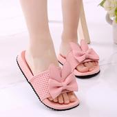 Ежедневни детски чехли с 3D декорация в бял, черен и розов цвят