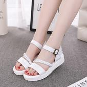 Красиви сандали за момичета в бял и сребърен цвят