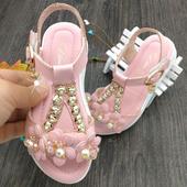 Детски сандали за момичета с камъни и удобна подметка