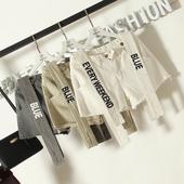 Къси дамски панталони с тиранти с надпис