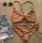 Сладък бански костюм от две части за дамите