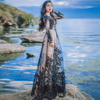 94856e8179ca Μοναδικό μακρύ κομψό γυναικείο φόρεμα με υπέροχη δαντέλα στην πλάτη  διάτρητη - 2 χρώματα