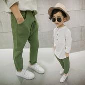 Памучни панталони за момчета с различни цветове