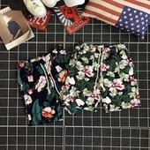 Удобни мъжки шорти с флорален мотив в 2 модела