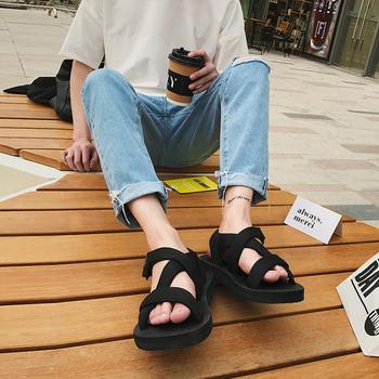 Удобни сандали за мъже и жени с лепенки в черен цвят