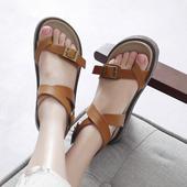 Много удобни кожени дамски сандали през пръст с катарама