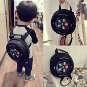 Детска раница за момчета във формата на гума