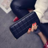 Дамски портфейл в черен, червен и син цвят