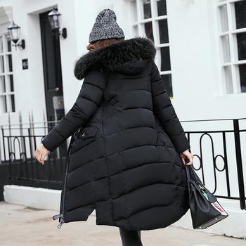 9fb2a2b7811 Πολύ μακρύ χειμωνιάτικο γυναικείο μπουφάν με κουκούλα και γούνα σε διάφορα  χρώματα