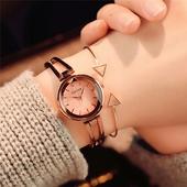 Елегантен дамски часовник с интересна метална каишка