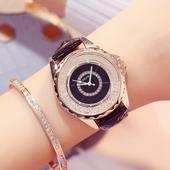ХИТ! Дамски часовник с интересен дизайн