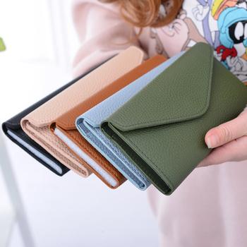 Πολύ άνετο γυναικείο πορτοφόλι σε διάφορα χρώματα