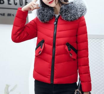 Много топло дамско яке с качулка и малки джобчета - 5 цвята