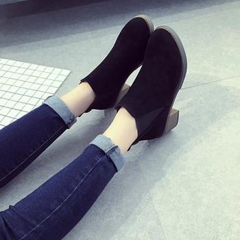 801c19af5cc Καθημερινά χειμωνιάτικα γυναικεία παπούτσια σε στυλ ρετρό - Badu.gr ...