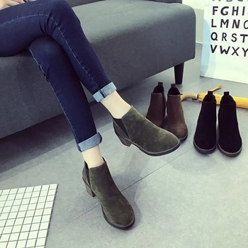 a07e1050d0 Καθημερινά χειμωνιάτικα γυναικεία παπούτσια σε στυλ ρετρό - Badu.gr ...