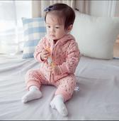 Сладък детски комбинезон с качулка, в два модела