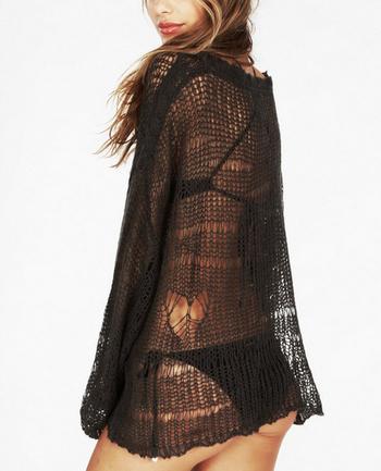 Широк и прозиращ дамски пуловер в черен и бял цвят