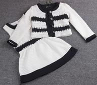 Елегантен комплект за момичета - рокля + жилетка