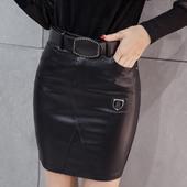 Стилна дамска къса черна пола - подходяща за всеки повод