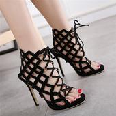 """Много интересни дамски сандали на висок ток с тънки кръстосани """"римски"""" връзки"""