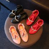 Елегантни детски заострени обувки за момичета с декорация камъчета
